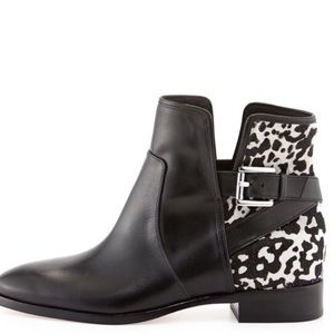 Micheal Michael Kors Leather Cow Ankle Booties